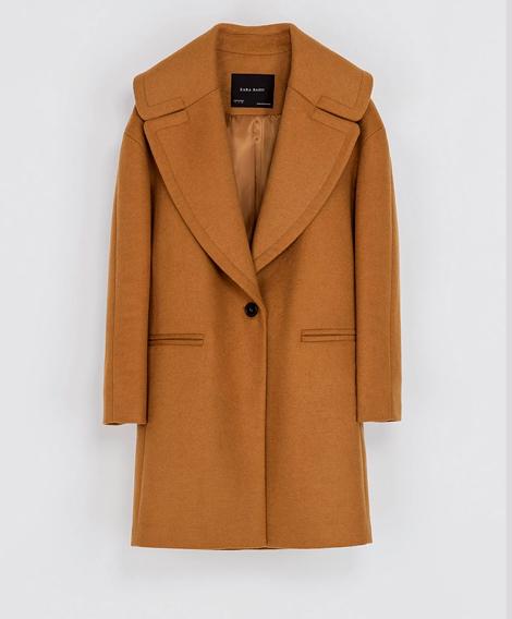 Abrigo Zara color Camel Oversize. $25.990